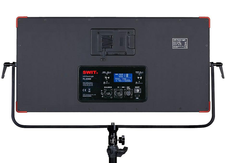 PL-E90D